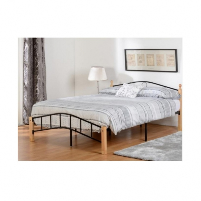 "Luton 4' 6"" Bed"