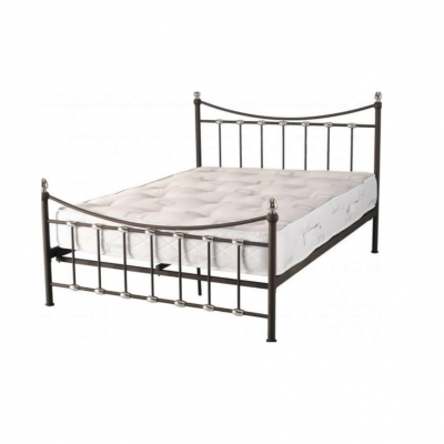 "Dakota 4' 6"" Bed"